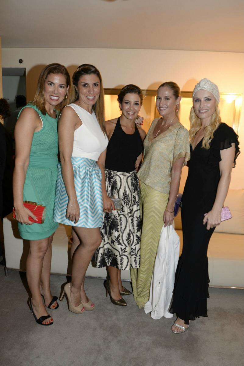 Fotaza de chicas con Silvia, Virginia, Fiona y Soraya