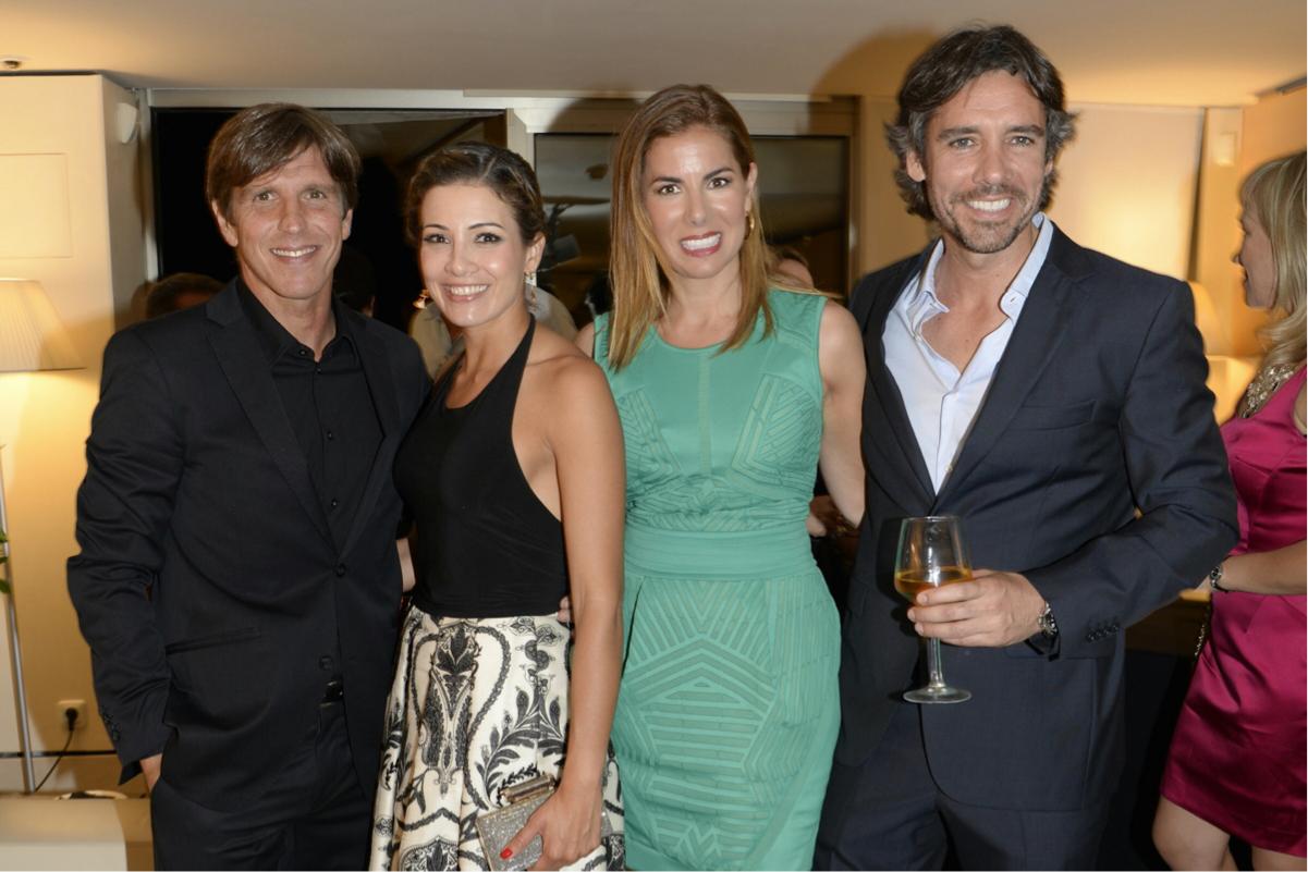 Grandes amigos, Manuel Díaz el Cordobés; Virginia Troconis y yo con mi marido.