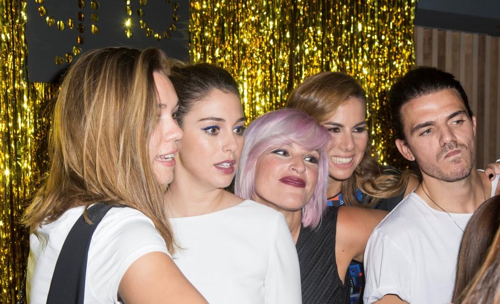 Momento fotomatón con Blanca Suárez, Alba Calatayud, Chus Molinero, Laura Carandini y Jesús de Paula