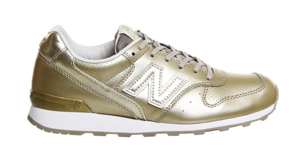 Zapatillas de deporte lifestyle New Balance doradas. PVPR: 83,49€