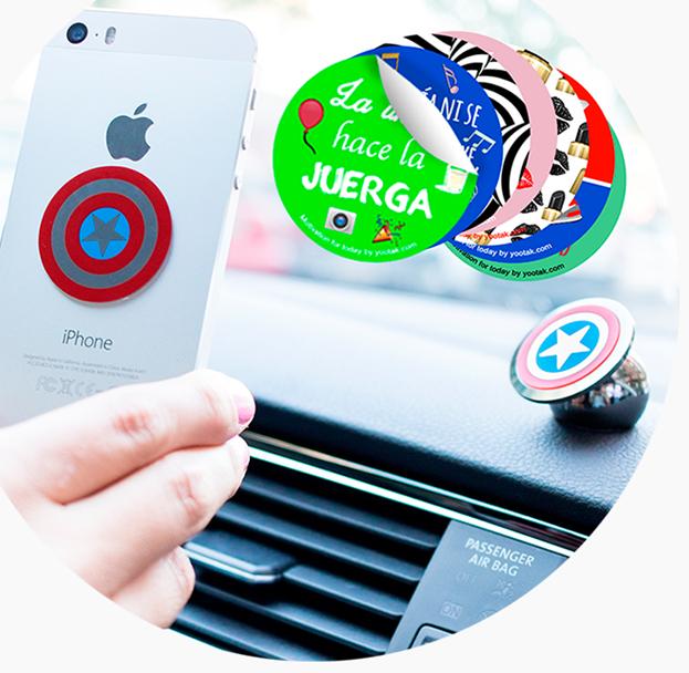 Yootak es un soporte que puedes personalizar para colocar el movil en el coche. PVP:22€